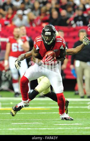 Atlanta Georgia. 3rd Jan, 2016. Atlanta Falcons WR Jones, Julio (#11) in action during NFL game between New Orleans - Stock Photo