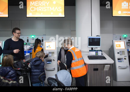 check in easyjet gatwick to milan - photo#46