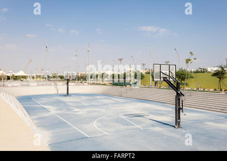 Outdoor basketball court at the Qatar Education City. Doha, Qatar, Middle East - Stock Photo