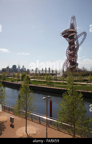 The Arcelor Mittal Orbit viewed from across the river