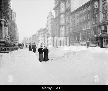 Fifth Avenue after Snow Storm, New York City, USA, circa 1905 - Stock Photo