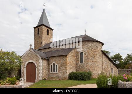 Église Saint Jean-Baptiste in the village of Aren - Pyrénées-Atlantiques, Aquitaine, France. - Stock Photo