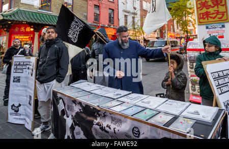 FILE IMAGES: London, UK. 22nd Nov, 2013.  File Images: Islamist Siddhartha Dhar (also known as Abu Rumaysah) seen - Stock Photo