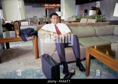 World heavyweight boxing champion Muhammad Ali at the Rashid Hotel in Baghdad, where he is trying to win release - Stock Photo