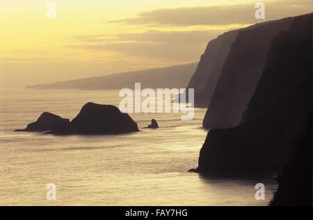 Big Island, Hawaii, Sunrise on Hamakua Coast, view from Pololu overlook, windward coast of Northern Hawai`i,