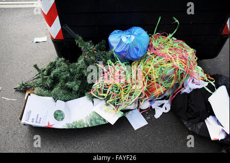 Brighton UK 6th January 2016 - Christmas and New Year is well and truly over now as a plastic tree and decorations - Stock Photo