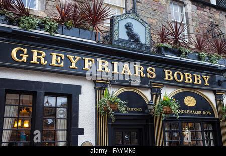 EDINBURGH, SCOTLAND - JANUARY 3RD 2016: A view of the exterior of Greyfriars Bobby Public House in Edinbugh, on - Stock Photo