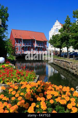 Framed house Gewoelbe across   Grube river, Wismar, Baltic Sea, Mecklenburg Western Pomerania, Germany, Europe - Stock Photo