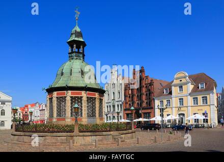 Wasserkunst at market square, Wismar, Baltic Sea, Mecklenburg Western Pomerania, Germany, Europe - Stock Photo