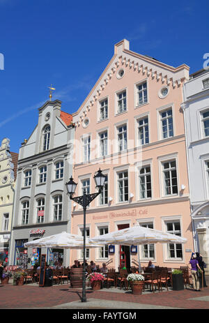 Houses with cafes and restaurants at market square, Wismar, Baltic Sea, Mecklenburg Western Pomerania, Germany, - Stock Photo