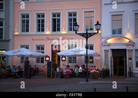 Hotel and Restaurant REUTERHAUS at market square, Wismar, Baltic Sea, Mecklenburg Western Pomerania, Germany, Europe - Stock Photo