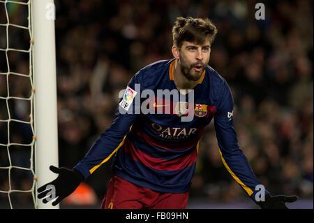 Barcelona, Spain. 6th Jan, 2016. FC Barcelona's Spanish defender Pique celebrates after scoring during Spanish King's - Stock Photo