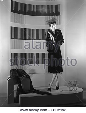 Window displays at Marshall Field and Company with hats, 1943 Aug. 10. 28 Shop. - Stock Photo