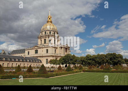 The Eglise du Dome in Paris, final resting place of Napoleon Bonaparte. - Stock Photo