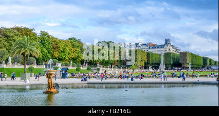 PARIS,FRANCE ; Summer day in the Luxemburg garden - Stock Photo