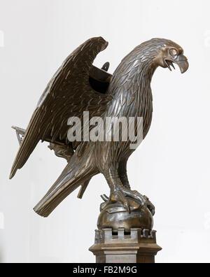 Düsseldorf, St. Maximilian, Gotisches Adlerpult aus dem Altenberger Dom - Stock Photo