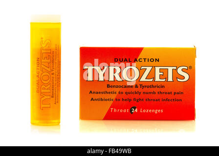 Tyrozets Dual Action anaesthetic lozenges for painful sore throats and mouth infections - Stock Photo