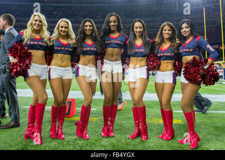 Houston, Texas, USA. 9th Jan, 2016. Houston Texans Cheerleaders pose during the 4th quarter of an NFL playoff game - Stock Photo