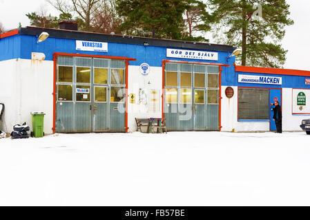 Johannishus sweden january 8 2016 the auto repair shop houses johannishus sweden january 8 2016 the auto repair shop houses a garage solutioingenieria Choice Image