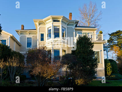 Fairholme Manor, a historic bed and breakfast inn in the Rockland neighbourhood of Victoria, BC, Canada - Stock Photo