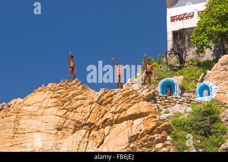The famous cliff divers of Quebrada in Acapulco, Mexico - Stock Photo