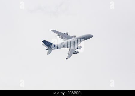 Airbus A380, Farnborough International Airshow, Farnborough Airport, Rushmoor, Hampshire, England - Stock Photo