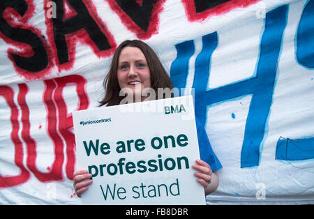 Liverpool, Merseyside, UK 12th January, 2015. Dr. Heather Ryan, GP Registra at the one day strike outside Liverpool - Stock Photo