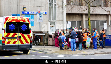 Bristol, England, UK 12 January 2016. Demonstration of Junior Doctors in strike with National Health Service (NHS) - Stock Photo