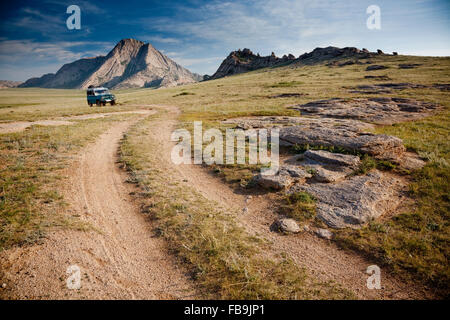 A Russian 4WD in action in the Gobi Desert, Mongolia. - Stock Photo