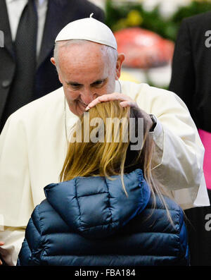 Vatican. 13th January, 2016. Pope Francis during his weekly general audience Wednesday in classroom Paul VI, at the Vatica Credit:  Silvia Lore / Alamy Live News