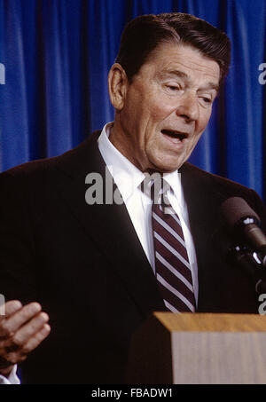 Washington DC., USA, 14th May, 1984 President Ronald Reagan has a question and answer briefing with reporters in - Stock Photo