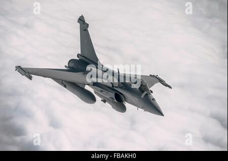 A French F-2 Rafale fighter jet during a mission over Iraq in support of Operation Inherent Resolve January 8, 2016. - Stock Photo