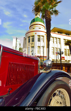 'Poster type' image of Governor's Old Residence in central Napier in the Art Deco area of the town with classic - Stock Photo
