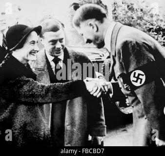The Duke and Duchess of Windsor meeting Adolf Hitler in Munich in 1937 - Stock Photo