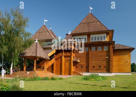 Moscow, Recreated wooden palace of Tsar Alexei Mikhailovich Romanov in Kolomenskoye - Stock Photo
