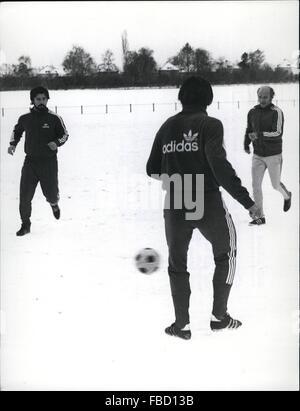 1962 - Gerd Muller on the Field Again : After two months of illness, soccerstar Gerd Muller from '' Bayern Munchen - Stock Photo