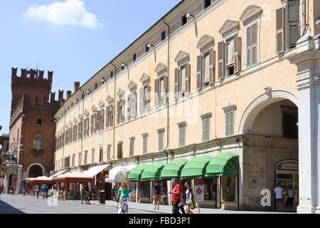 Corso Martiri della Libertà and Ferrara Town Hall, Ferrara, Italy. - Stock Photo
