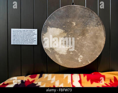 Salem, Oregon, USA. 15th Jan, 2016. Display at the Oregon State Hospital Museum of Mental Health, a private, non - Stock Photo