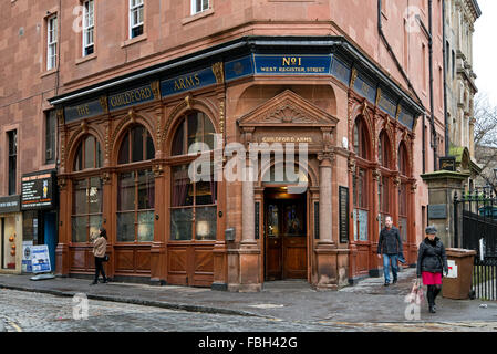 The Guildford Arms public house in West Register Street in Edinburgh, Scotland UK. - Stock Photo