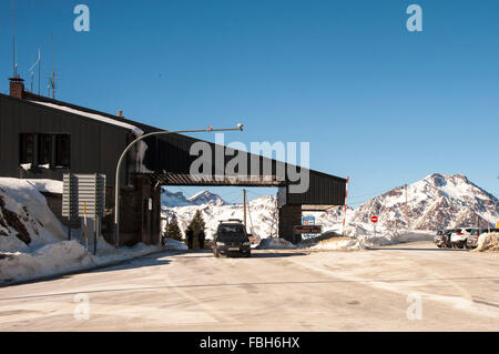 Border crossing the national road N330a between France and Spain in the Pyrenees in Candanchu - Stock Photo