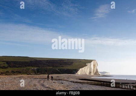 Beach at Cuckmere Haven, overlooking the Seven Sisters, East Sussex, South Downs national park, England, UK - Stock Photo
