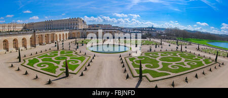 Garden area and ornamental pond, Palace of Versailles, Versailles, France, April 2015 - Stock Photo
