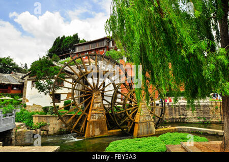 Lijiang China old town streets and buildings - Stock Photo