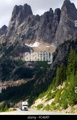 State Route 20 and Liberty Bell Mountain at Washington Pass in the northern Cascade Mountains, Washington, USA. - Stock Photo