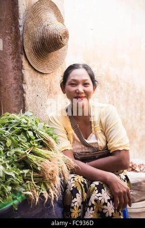 Portrait of a vendor at Pyin Oo Lwin Market, Myanmar (Burma), Asia - Stock Photo