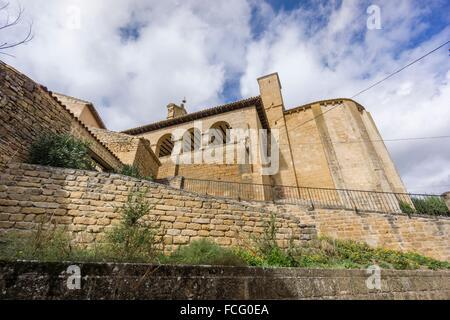 Romanesque church of San Martín de Tours consecrated in 1156, San Martin de Unx, Navarra, Spain - Stock Photo