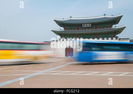 Gwanghwamun, main gate, with motion blur traffic, Gyeongbokgung Palace, Jongno-gu, Seoul, South Korea - Stock Photo