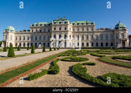 Palacio Belvedere , estilo barroco, construido entre 1714 y 1723 para el príncipe Eugenio de Saboya, Viena, Austria, - Stock Photo