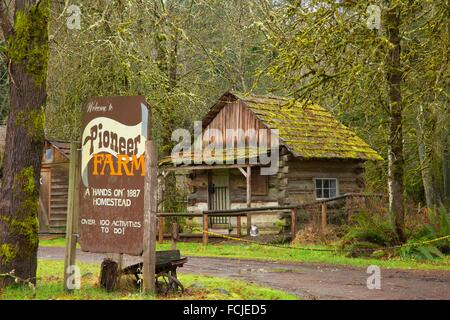 Cabin with entrance sign, Pioneer Farm Museum, Eatonville, Washington. - Stock Photo