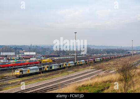 Long line of disused class 60 diesel locos at Toton depot in Nottinghamshire - Stock Photo